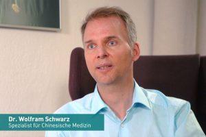 Dr. Schwarz im TV als TCM-Experte bei K1 Magazin